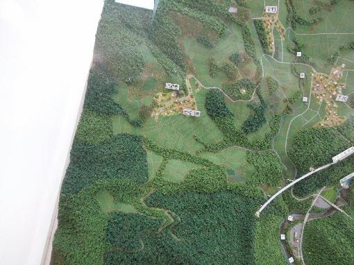 102.地形の模型