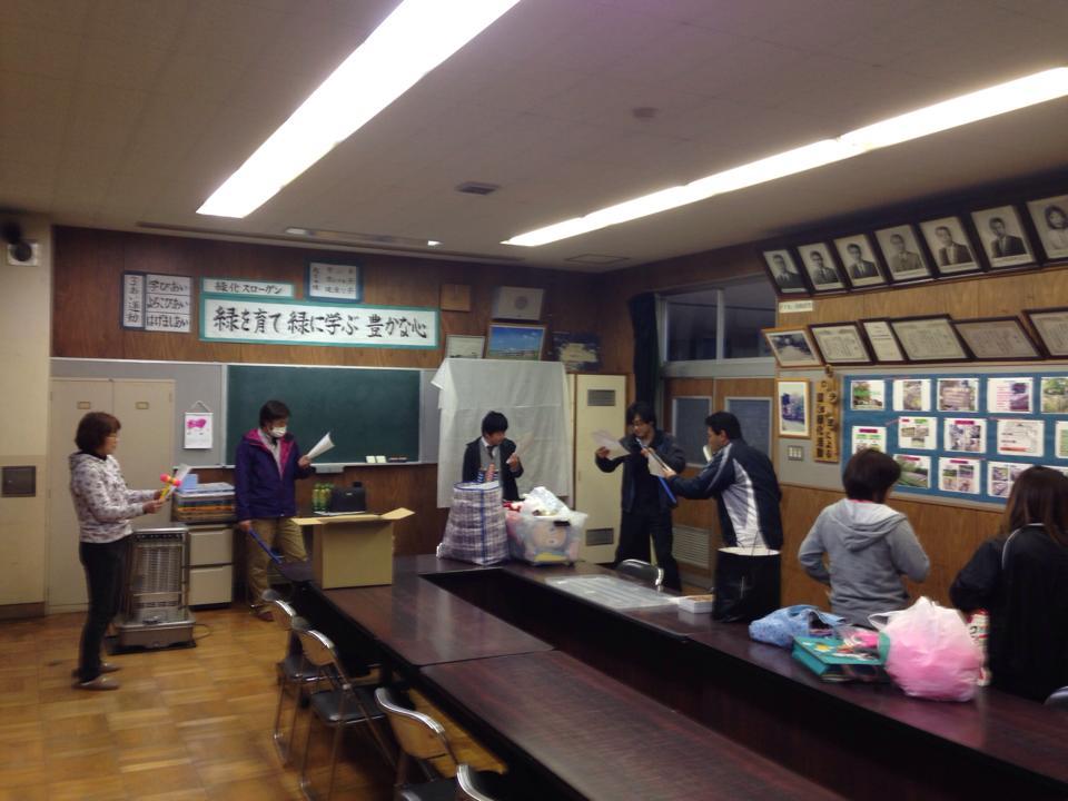 東原小学校余興練習
