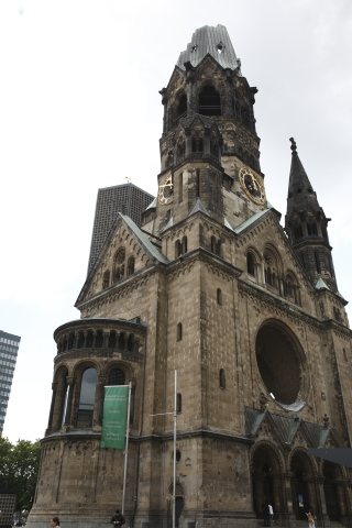 Kaiser_Wilhelm_Memorial_Church1.jpg