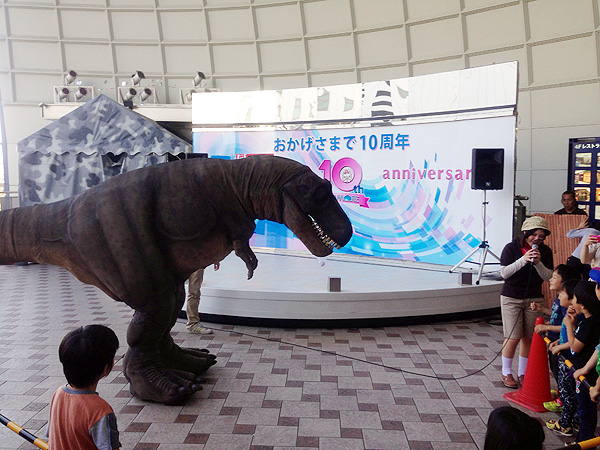 ティラノサウルス_2