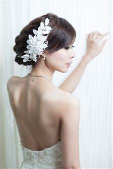 花嫁・背中④
