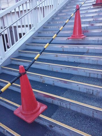 20140416用・雪のない階段