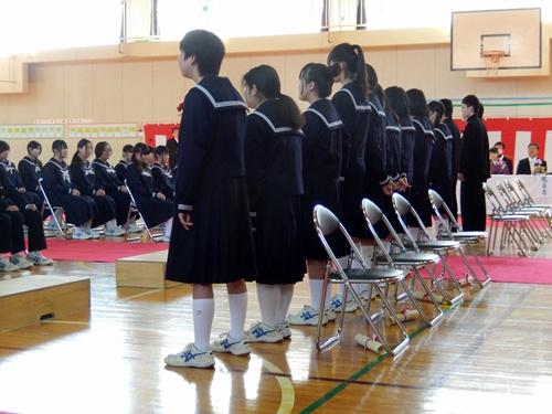 2014.3.11 鎌足中卒業式 (体育館) 018 (7)