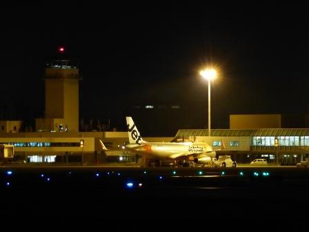 夜の松山空港 2