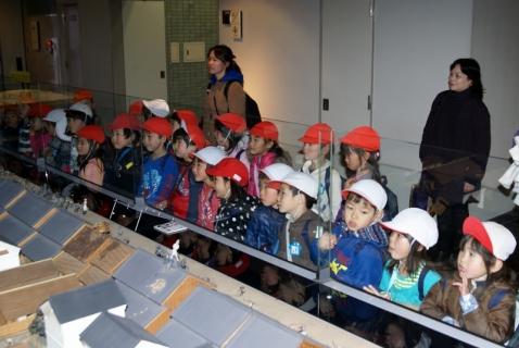 2007-09-14 25年度2月13日青組消防博物館 040 (800x536)