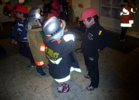2014-02-13 平成25年度青組消防博物館2月13日 039 (800x576)