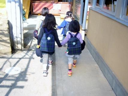 2014-04-10 平成26年4月10日園庭指導・1年生来園 003 (800x600)