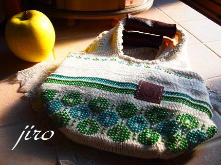 ビーズ編みバッグ-輪和輪