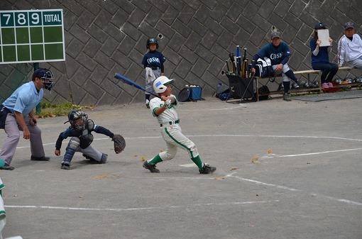 4回連打で先制①3番3塁打