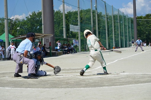美鈴杯⑥7番打者の鮮やかな左翼前安打