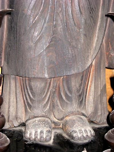 法華寺町・地蔵菩薩立像~脚部