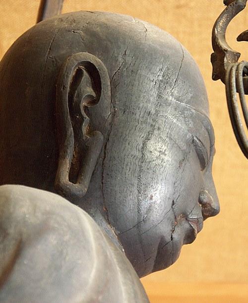 下永区廃白米寺・地蔵菩薩立像~頭部・クスノキ材の木目がよくわかる