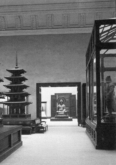 奈良帝室博物館~第1室から第2室を望んだ写真