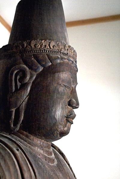 常念寺・菩薩立像~キリリと引き締まった面貌