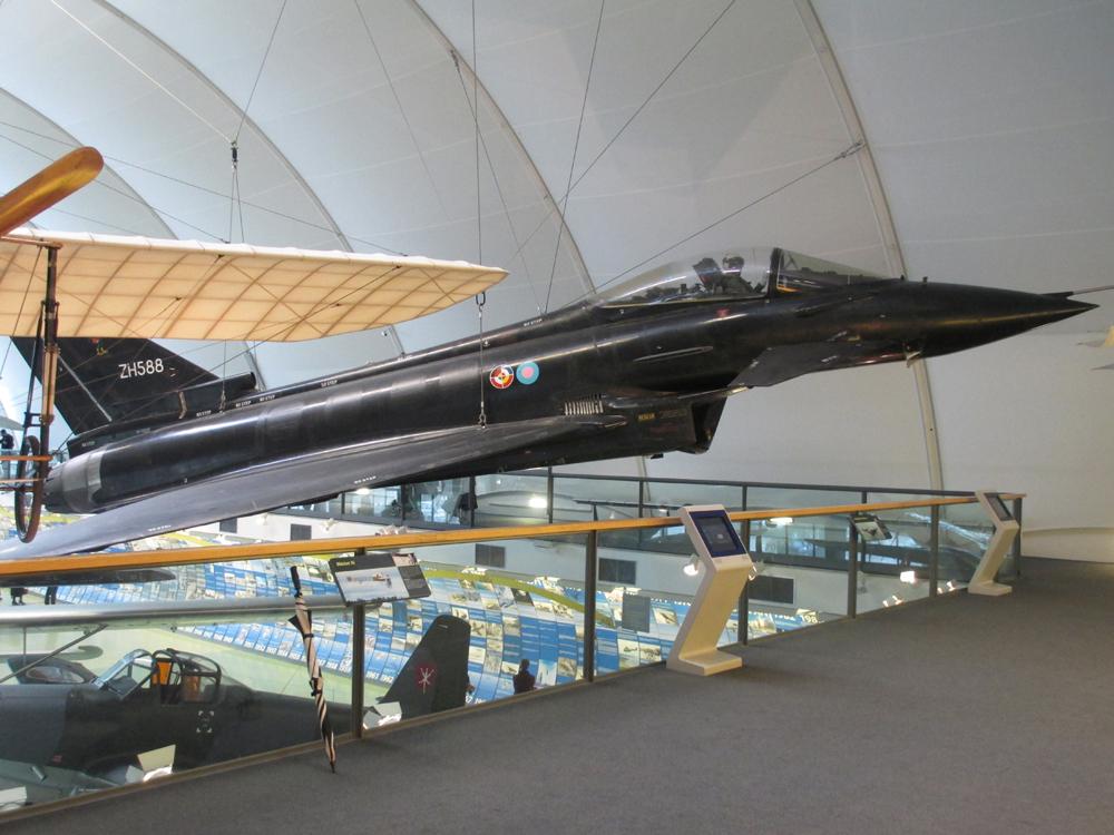 イギリス空軍博物館 007-1