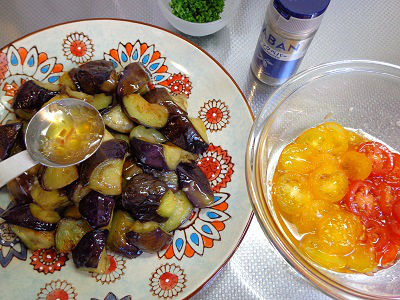 茄子とミニトマトのマリネ添え09