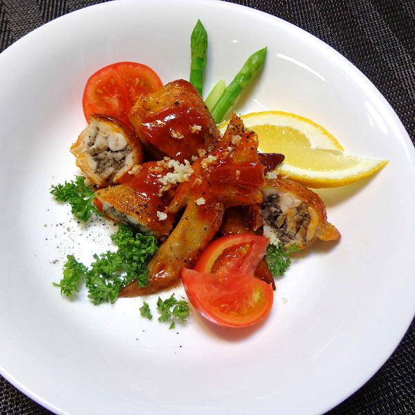 鶏手羽先のきのこ詰め トマトソースと白ワイン煮001
