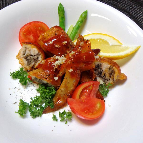 鶏手羽先のきのこ詰め トマトソースと白ワイン煮002