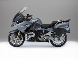 2014-bmw-r1200rt-looks-sharp-photo-gallery-720p-60.jpg