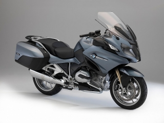 2014-bmw-r1200rt-looks-sharp-photo-gallery-720p-67.jpg
