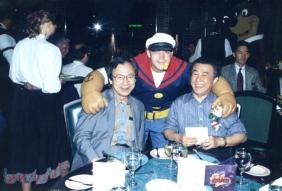 img933 ディズニーW招宴-4 282-198