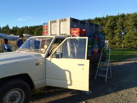 トラックで醸造所へ