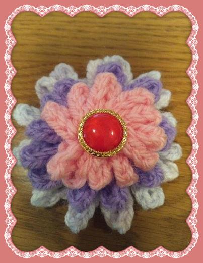 3色の鎖編みのお花