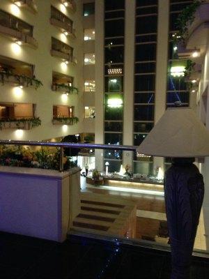 20140325 3F廊下からのホール