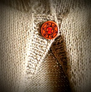 20140421 ボタンは木材屋さんの作品