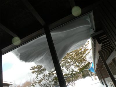 大雪がもたらしたひさし
