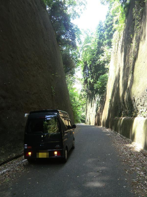 岩隈山の切り通し3