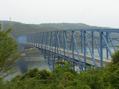 黒の瀬戸大橋
