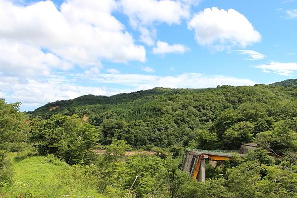 14栗駒山荘1