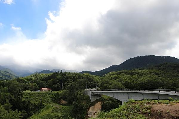 14栗駒山荘3