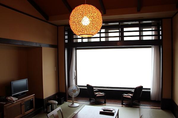 14栗駒山荘9