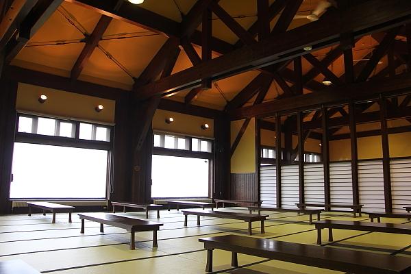 14栗駒山荘14