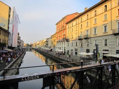 イタリアミラノ_ナヴィリオ地区の川