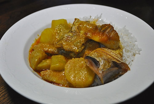 201408_managatsuo_curry_00_01.jpg