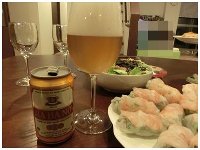 260909ベトナムビールと生春巻き2