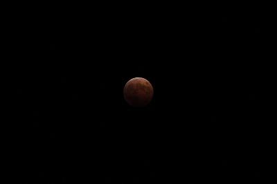 2004-10-08皆既月食3