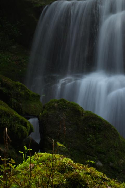中須の魚切の滝1404