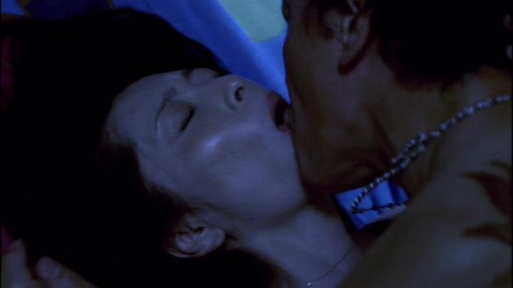 【完全なる飼育】有森也実のヌード&濡れ場、乳首と絡み正常位でキス4