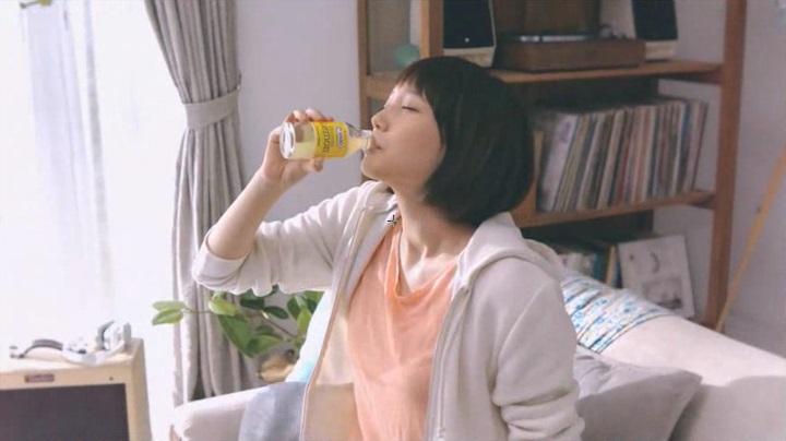 2代目【GTO】神崎麗美C1000CMの第5弾、C1000飲む私を連呼