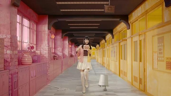 2代目【GTO】葛城美姫カラフルバレンタインCM「カッラバレバレ」でスタート