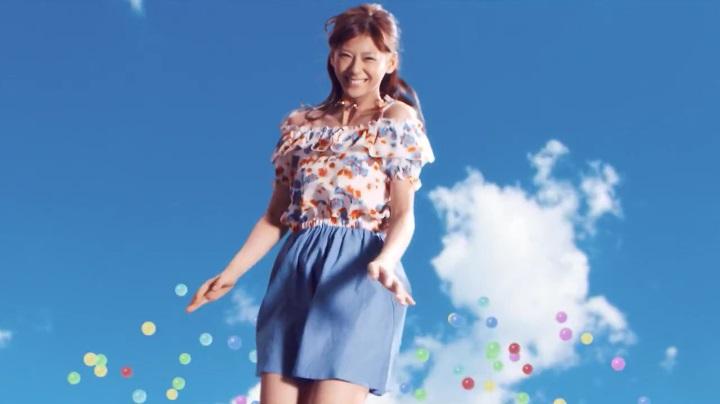 2代目【GTO】葛城美姫しまむらCM、服とポーズ1