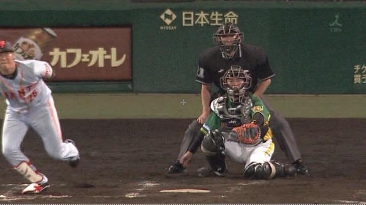 ウル虎、阪神がグリーンユニフォーム披露!(夜)鶴岡5