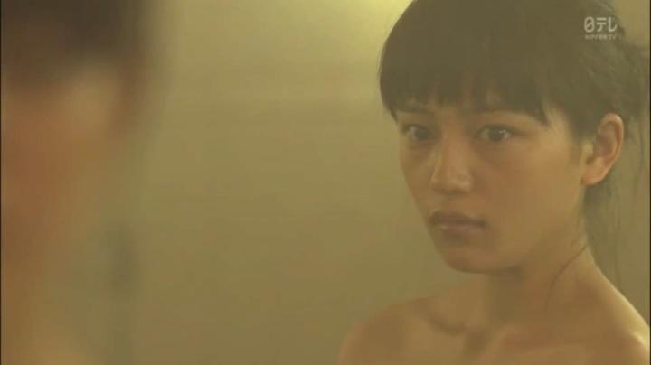 2代目【GTO】相沢雅(川口春奈)お宝入浴シーン!入浴シーン4