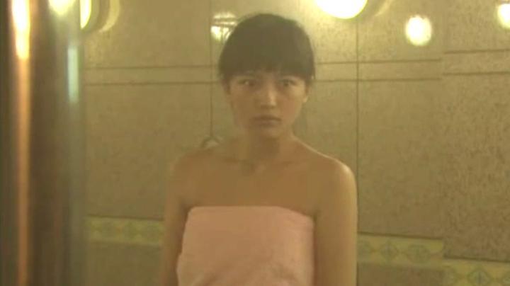 2代目【GTO】相沢雅(川口春奈)お宝入浴シーン!入浴シーン5のアップ