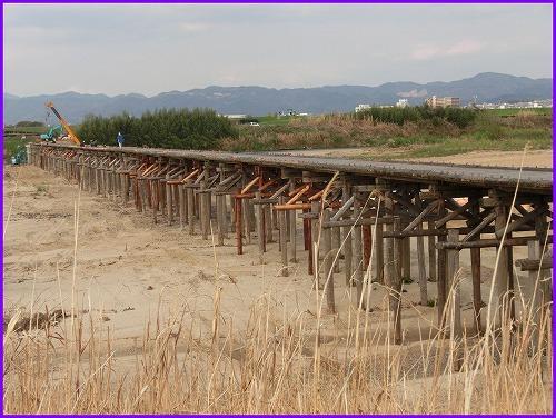 流れ橋0275