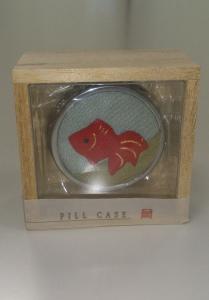 金魚ピルケース